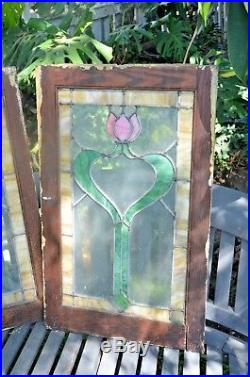 LARGE OLD ENGLISH LEADED STAINED GLASS WINDOW Design 29 x 18 2 AVAIL